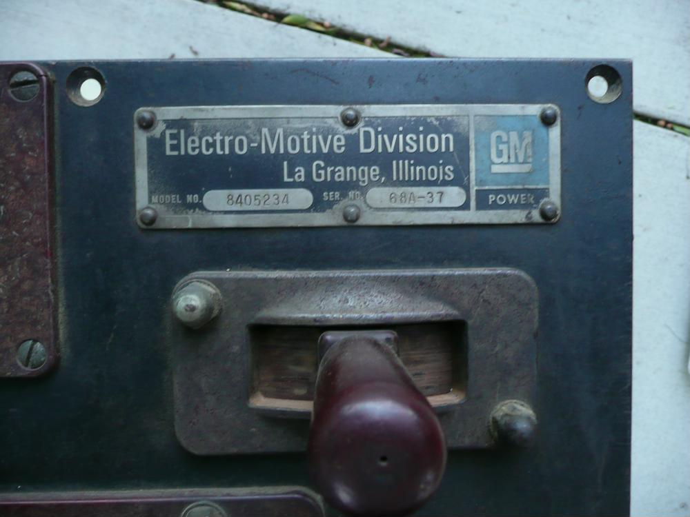 EMD Control Stand