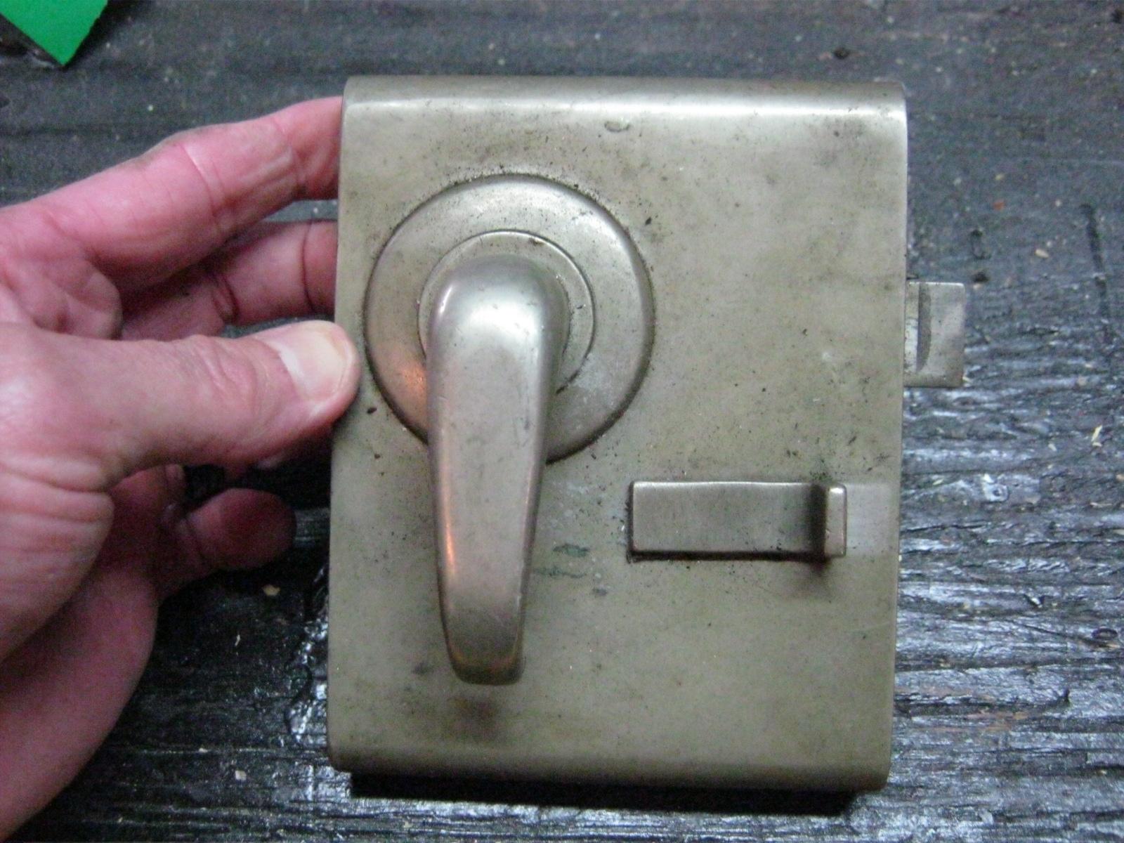 Lightweight Bedroom Door Latch