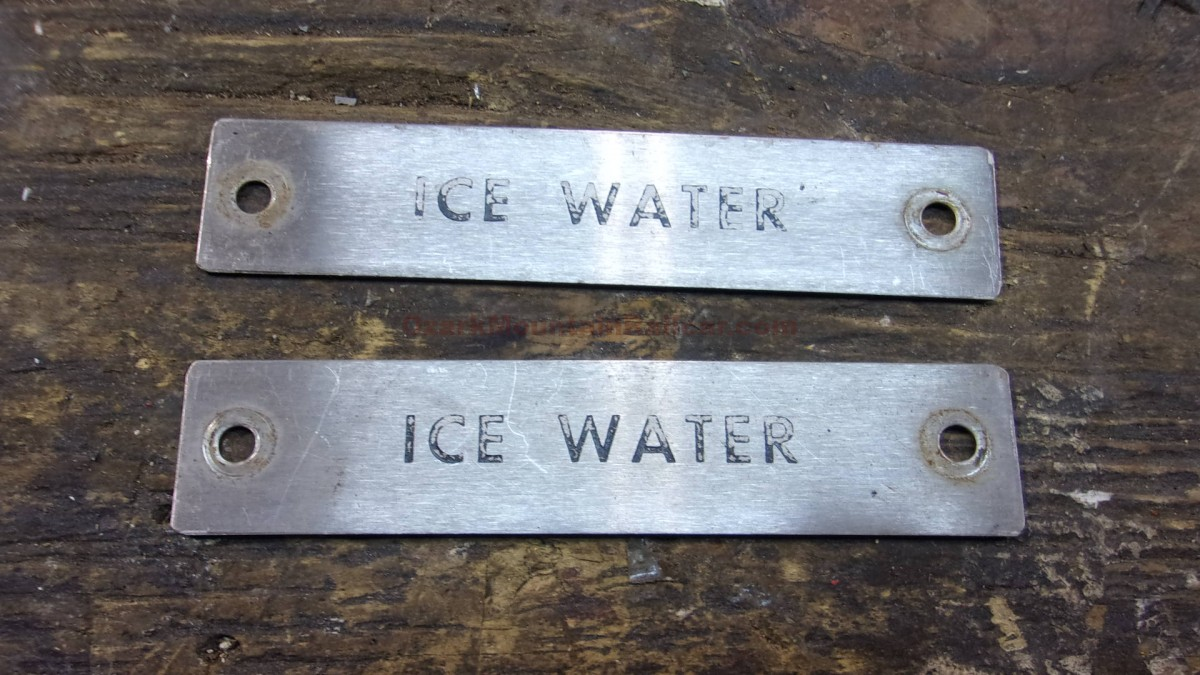 Ice Water Signs (1 lot of 2)